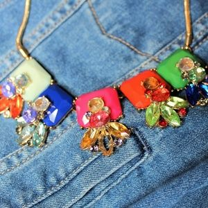 Jewelry - Bold Bright Rhinestone Statement Necklace